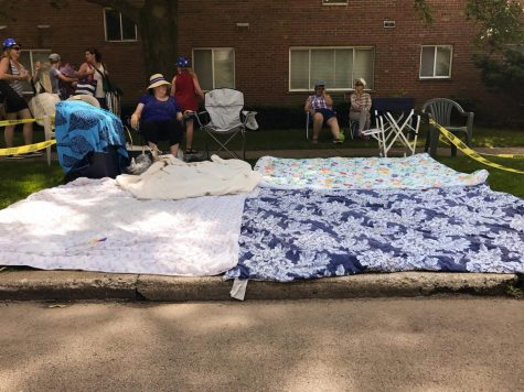 Parade pros set up camp early at Fourth of July parade