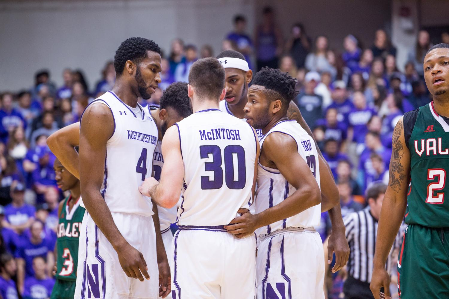 Northwestern+players+huddle+during+a+non-conference+game+last+year.+The+Cats%27+full+non-conference+schedule+for+this+season+was+released+Thursday.