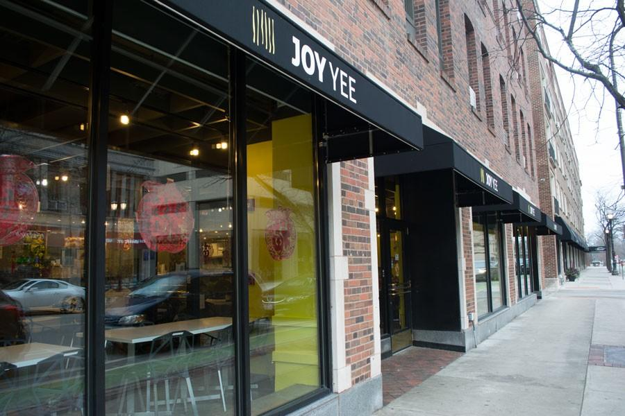 Joy Yee Noodle temporarily closed by Evanston Health Department for live cockroaches