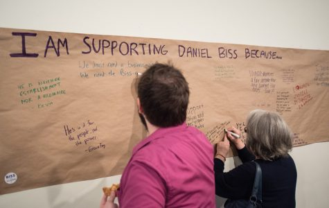 Local volunteers reaffirm support after Biss, Ramirez-Rosa split