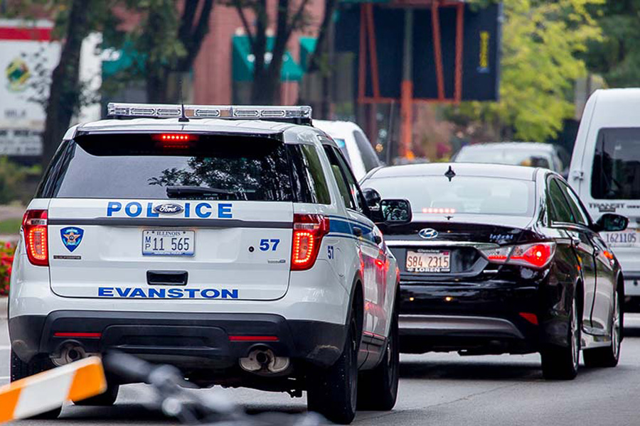 +An+Evanston+Police+Department+squad+car.+Aldermen+on+Monday+approved+a+five-year+contract+to+buy+body-worn+cameras+for+the+Evanston+Police+Department.