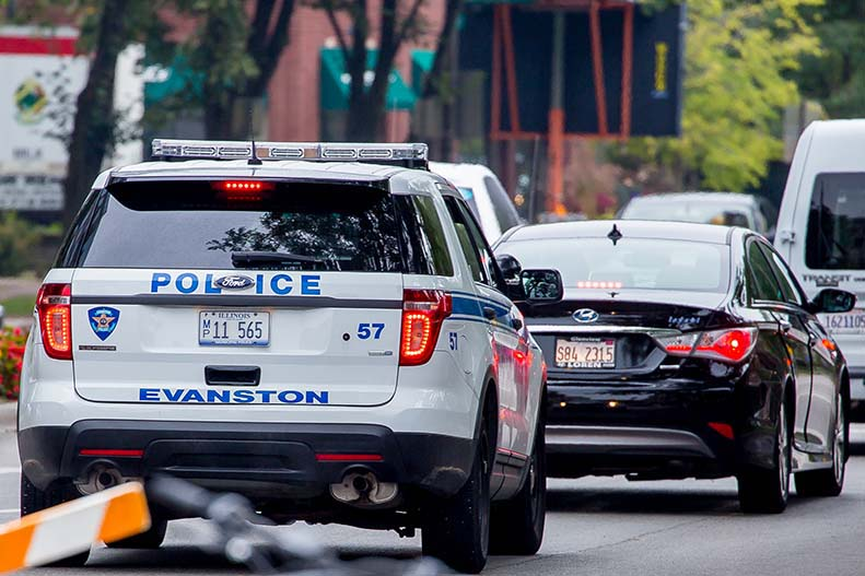An+Evanston+Police+Department+squad+car.+Officers+arrested+three+juveniles+Thursday+night+in+connection+with+aggravated+robbery+on+Clark+Street+Beach.+