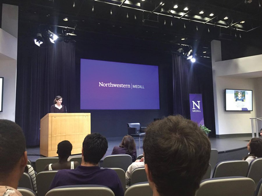 Hannah+Dreier+speaks+to+NU+students+in+the+McCormick+Foundation+Center+Forum.+Dreier+received+the+2016+James+Foley+Medill+Medal+for+Courage+in+Journalism+on+Friday.