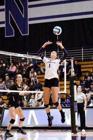 Volleyball: Wildcats cruise through DePaul Invitational
