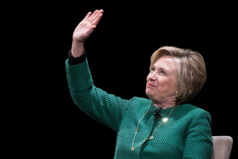 Hillary Clinton talks book, election loss at Chicago event