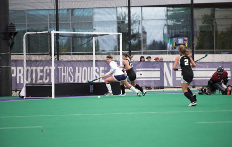 Field Hockey: Northwestern splits weekend slate, finishes tied for second in Big Ten