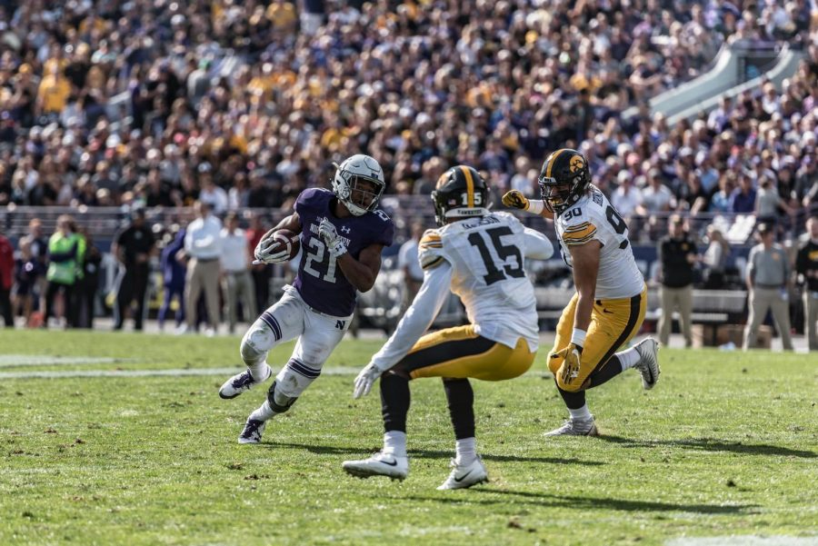 Football: Northwestern edges Iowa 17-10 in overtime after back-and-forth finish