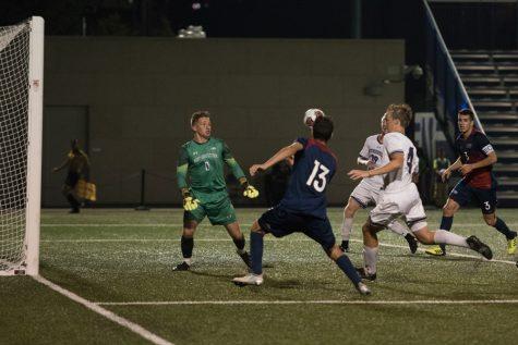 Men's Soccer: Wildcats drop overtime thriller to No. 9 Notre Dame