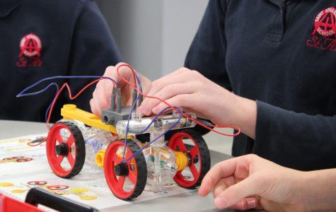 Evanston school aims to modernize STEM program with new laboratories