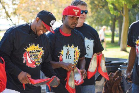Evanston residents raise money, awareness for sexual assault survivors during 1-mile walk