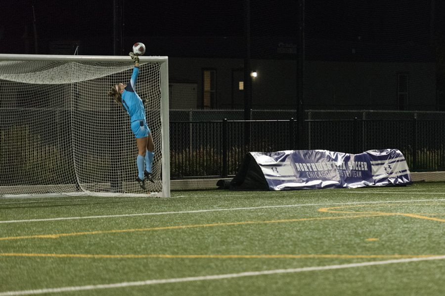 Lauren+Clem+jumps+to+make+a+save.+The+senior+goalkeeper+turned+in+a+clean+sheet+in+Northwestern%E2%80%99s+2-0+win+over+Minnesota+on+Thursday.%0A