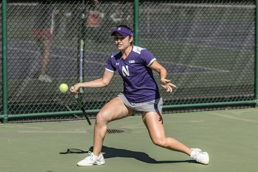 Inci+Ogut+hits+a+forehand.+The+freshman+contributed+to+Northwestern%E2%80%99s+strong+doubles+effort+at+the+ITA+Midwest+Regionals.