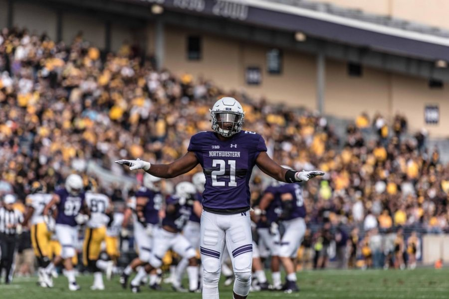 cheap for discount bd01c 3d500 Football: Northwestern's defense shines again, smothers Iowa