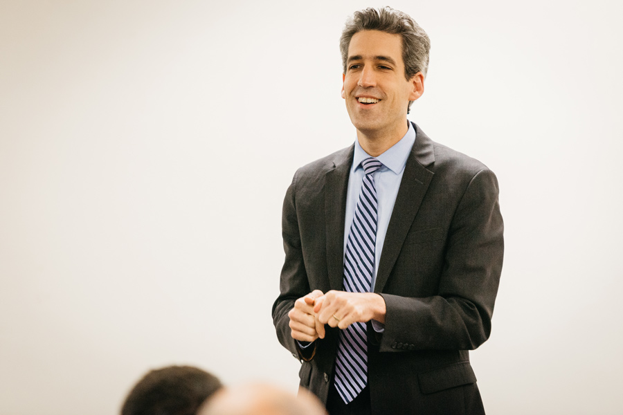 State Sen. Daniel Biss (D-Evanston) speaks to students about his gubernatorial campaign in Norris University Center on Monday. Biss covered his campaign initiatives, including changes to the Illinois tax policy and the introduction of a single-payer healthcare system.