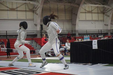 Fencing: Northwestern finishes undefeated at Vassar Invitational