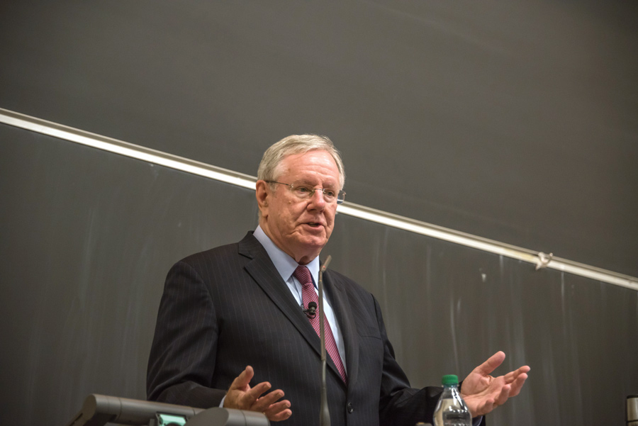 Steve Forbes, editor in chief and chairman of Forbes Media, speaks to Northwestern students about health care and the current Republican tax bill. College Republicans brought Forbes to NU as one of their fall speakers.