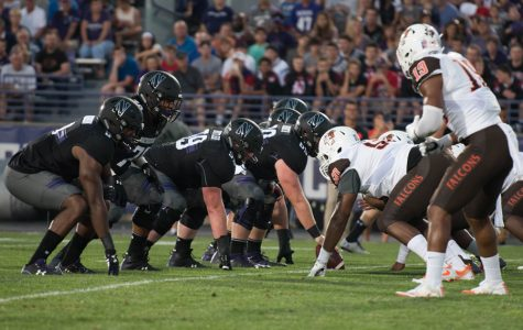 Football: After shaky start, Northwestern's offensive line rounds into form