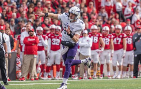 Football: Thorson overcomes struggles, helps Northwestern to victory