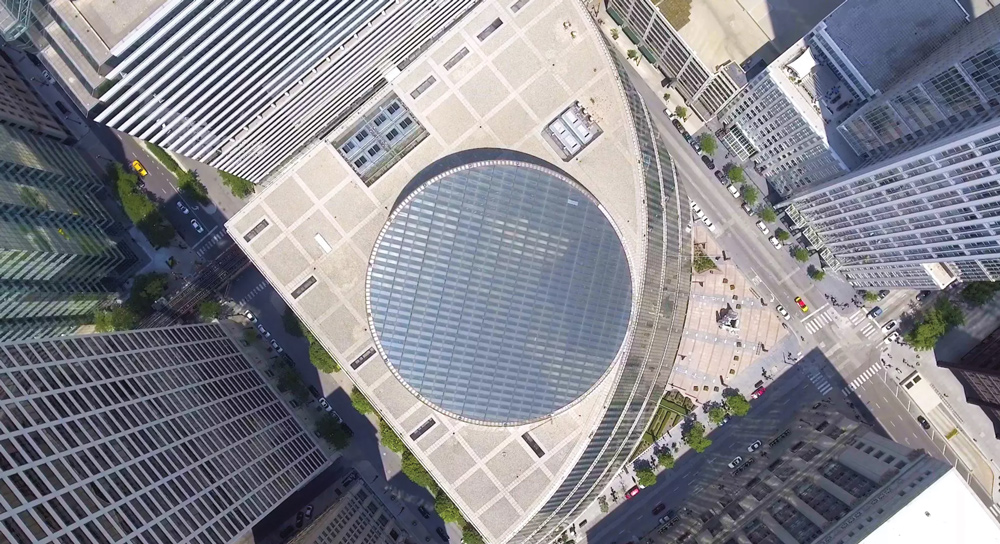 "Nathan Eddy's new film, ""Starship Chicago,"" fights for an endangered architectural icon, the James R. Thompson Center The film is hosted on the website of nonprofit MAS Context, a quarterly journal addressing urban issues."