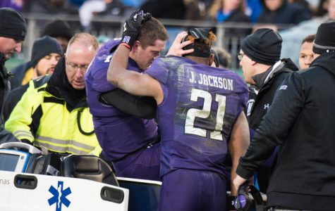 Football: Clayton Thorson tears ACL, out several months