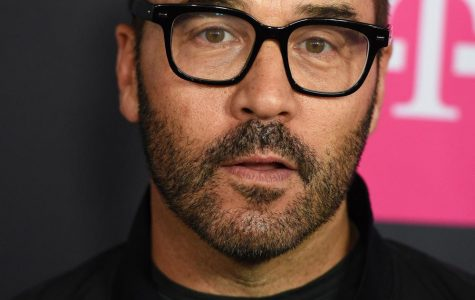 Jeremy Piven attends the Floyd Mayweather, Jr.-Conor McGregor fight at the T-Mobile Arena in Las Vegas on Aug. 26, 2017. Several women have alleged sexual misconduct against the Evanston Township High School alumnus.