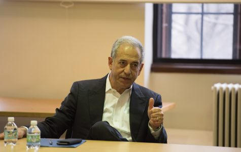 Former Wisconsin Sen. Russell Feingold speaks to students about the current state of politics on Friday. Feingold answered questions from students during a Q&A session hosted by the Department of Political Science.