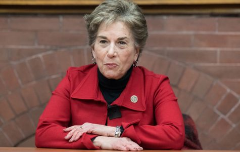 U.S. Rep. Jan Schakowsky (D-Ill.) speaks at a Political Union event. Schakowsky highlighted the importance of addressing income inequality in a Thursday Q&A.
