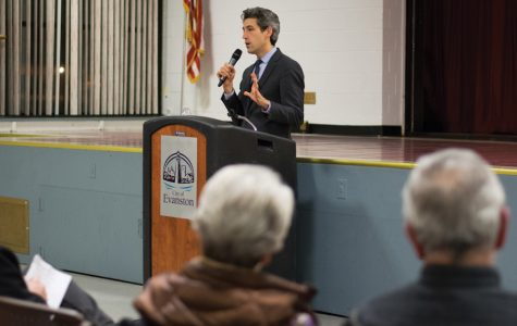 New Trier Democrats endorse Biss for governor