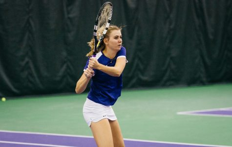 Women's Tennis: Wildcats dominate double-header to start year