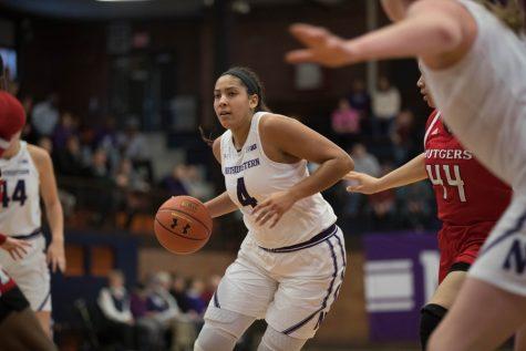 Women's Basketball: Bryana Hopkins steps up in Wildcats win