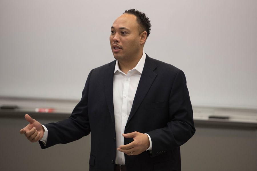 Ra Joy speaks at a town hall Tuesday. Joy, who is a candidate for lieutenant governor, discussed the need for reform in the Illinois government.