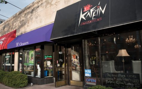 In 5-degree weather, artists take cover at Kafein's weekly open mic