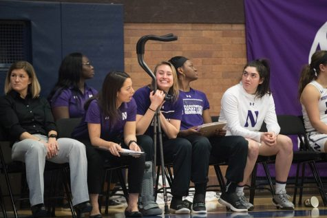 Women's basketball: Northwestern enjoys intense chemistry on-and-off the court