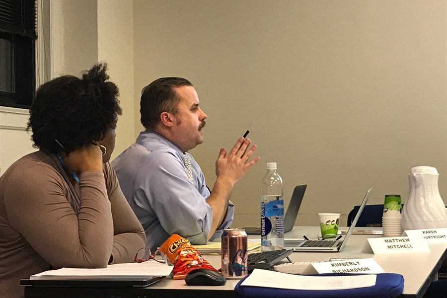 Committee+chair+Matthew+Mitchell+discusses+Evanston%E2%80%99s+current+police+complaint+process.+The+Citizen+Police+Complaint+Assessment+Committee+will+report+its+recommendations+in+May.