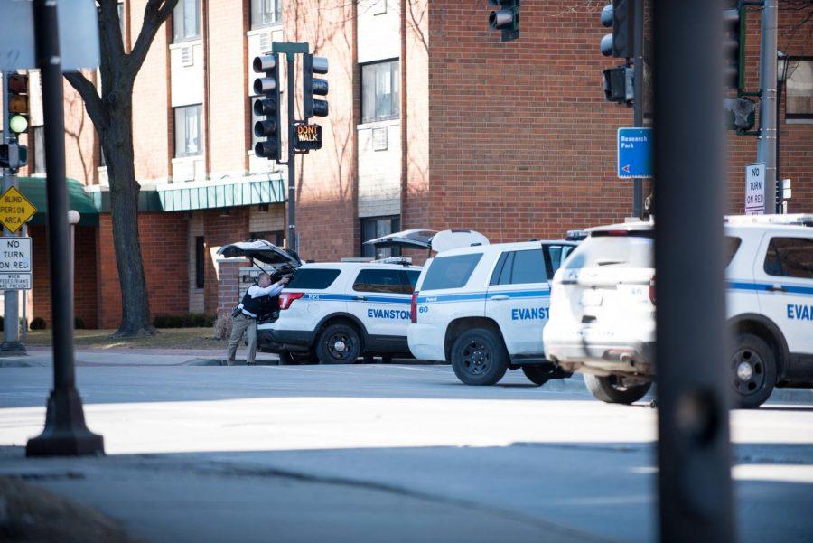 Evanston+police+responds+to+Wednesday%27s+gun+threat.