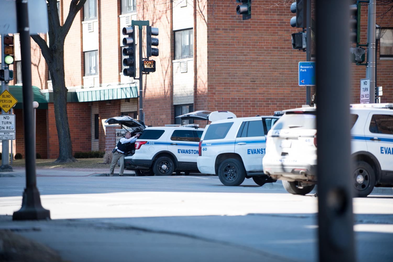 Evanston police responds to Wednesday's gun threat.