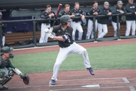 Baseball: Cats prepare for two midweek games against Chicago State, Western Michigan