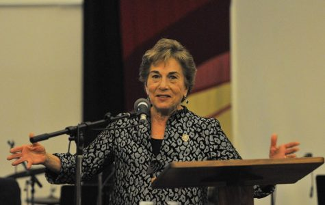 Schakowsky questions Zuckerberg's apology