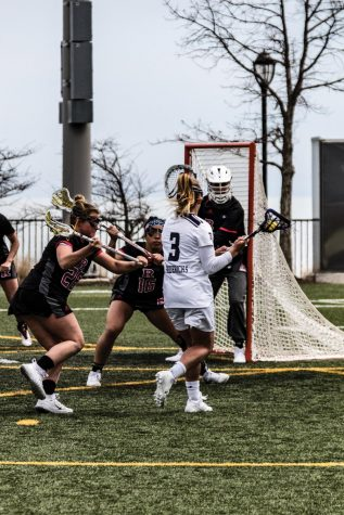 Lacrosse: No. 7 Wildcats win 8th straight in Senior Day takedown of Rutgers