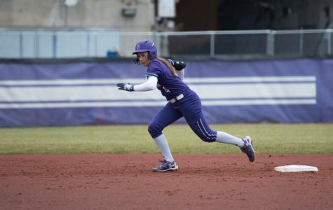 Softball: Northwestern sweeps No. 22 Ohio State in rain-shortened series