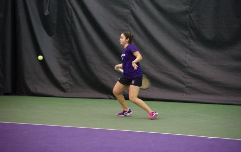 Women's Tennis: Northwestern remains undefeated in Big Ten