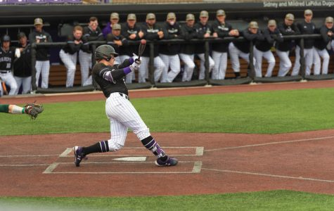 Baseball: Notre Dame defeats Wildcats in final midweek game of the season