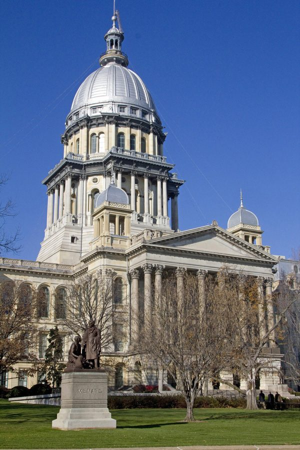 The+capitol+building+in+Springfield%2C+Illinois.+Illinois+became+the+37th+state+to+ratify+the+Equal+Rights+Amendment+to+the+United+States+Constitution+on+Wednesday.