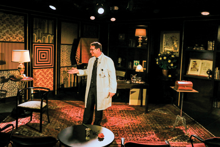 "Feinberg Prof. Ricardo Rosenkranz in his show ""The Rosenkranz Mysteries: Physician Magician"" at the Royal George Theatre. The show's run recently got extended to Memorial Day weekend."