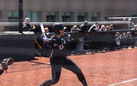 Softball: Northwestern sweeps Iowa, remains perfect in conference play