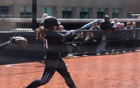 Softball: Northwestern falls to Georgia in final round of Athens Regional