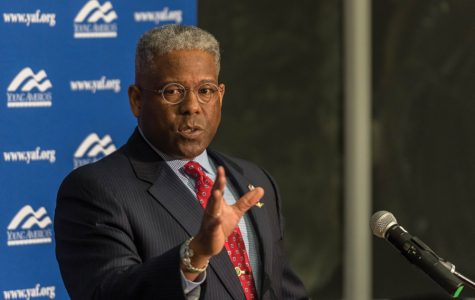Allen West speaks Tuesday at Technological Institute. West discussed American foreign policy during an event hosted by Northwestern College Republicans.