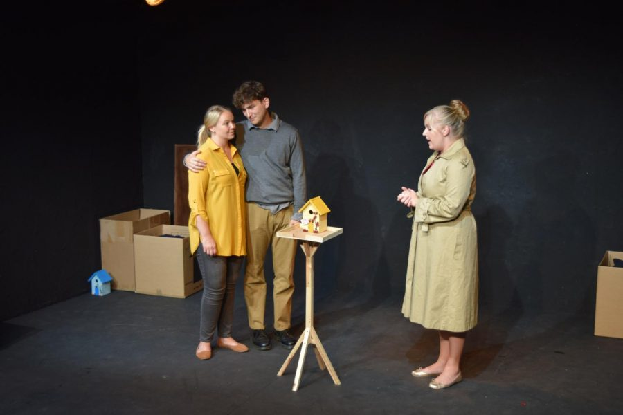 The+cast+of+%22The+Squirrel+Play%22+perform+at+the+Edinburgh+Festival+Fringe.+The+play+is+part+of+a+two-part+performance.+