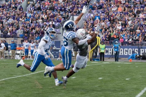 Football: Offensive line woes lead to Northwestern's first loss in 11 months