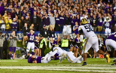 Football: Northwestern collapses again, losing 20-17 to Michigan